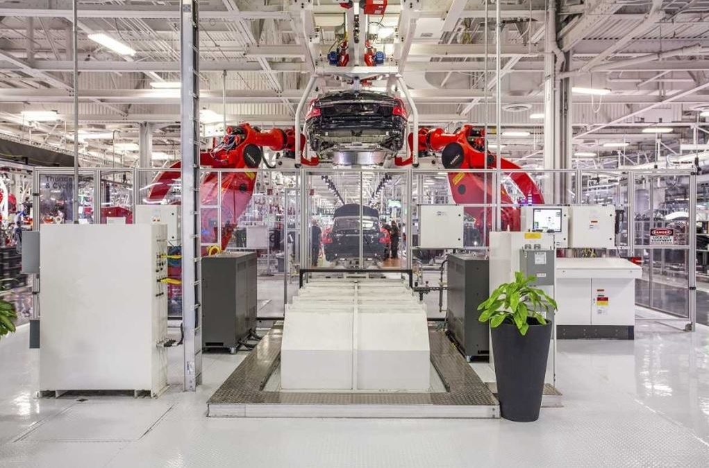Tesla To Cut Pay By 10-30%, Sends Some Employees On Furlough